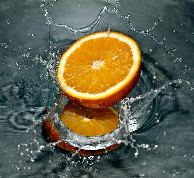 Todas las vitaminas y beneficios que nos puede aportar una naranja.