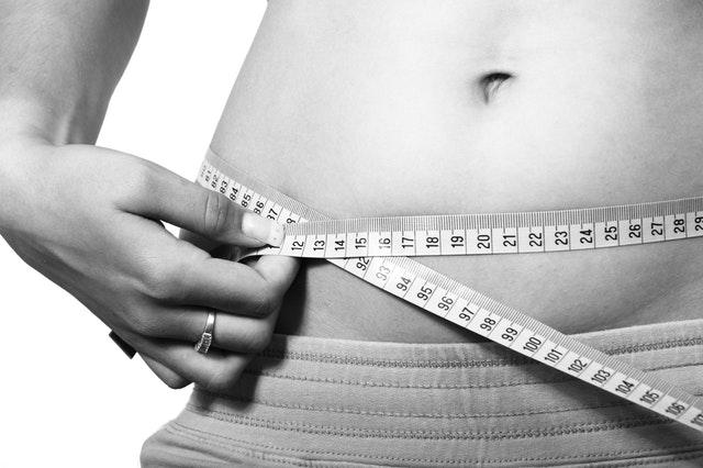 ¿Cómo eliminar la grasa abdominal?