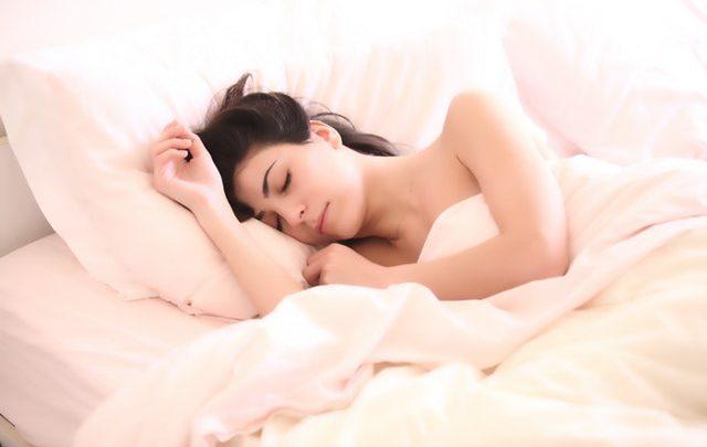 Trucos para dormir rápido sin somníferos